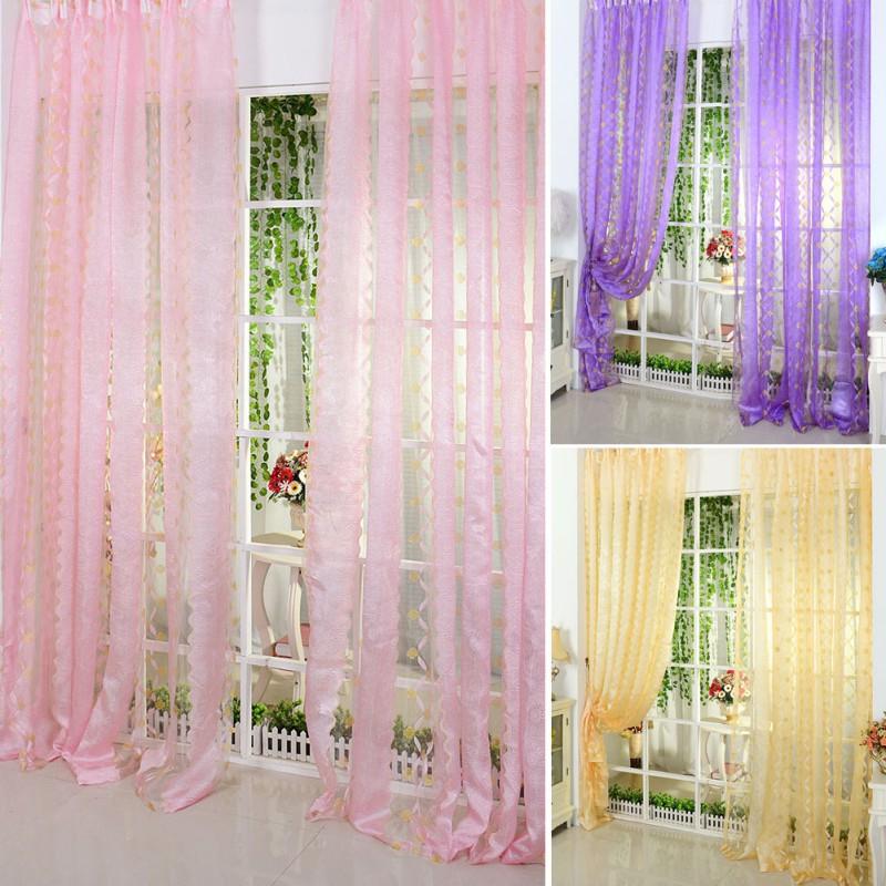 Rèm vảiđược sử dụng rộng rãi hơn, khách hàng có thể tùy chọn chất liệurèm cửa. Cách bày trí và kiểu dáng thiết kế rèm cửa rèm vải cho phù hợp với căn phòng của mình.